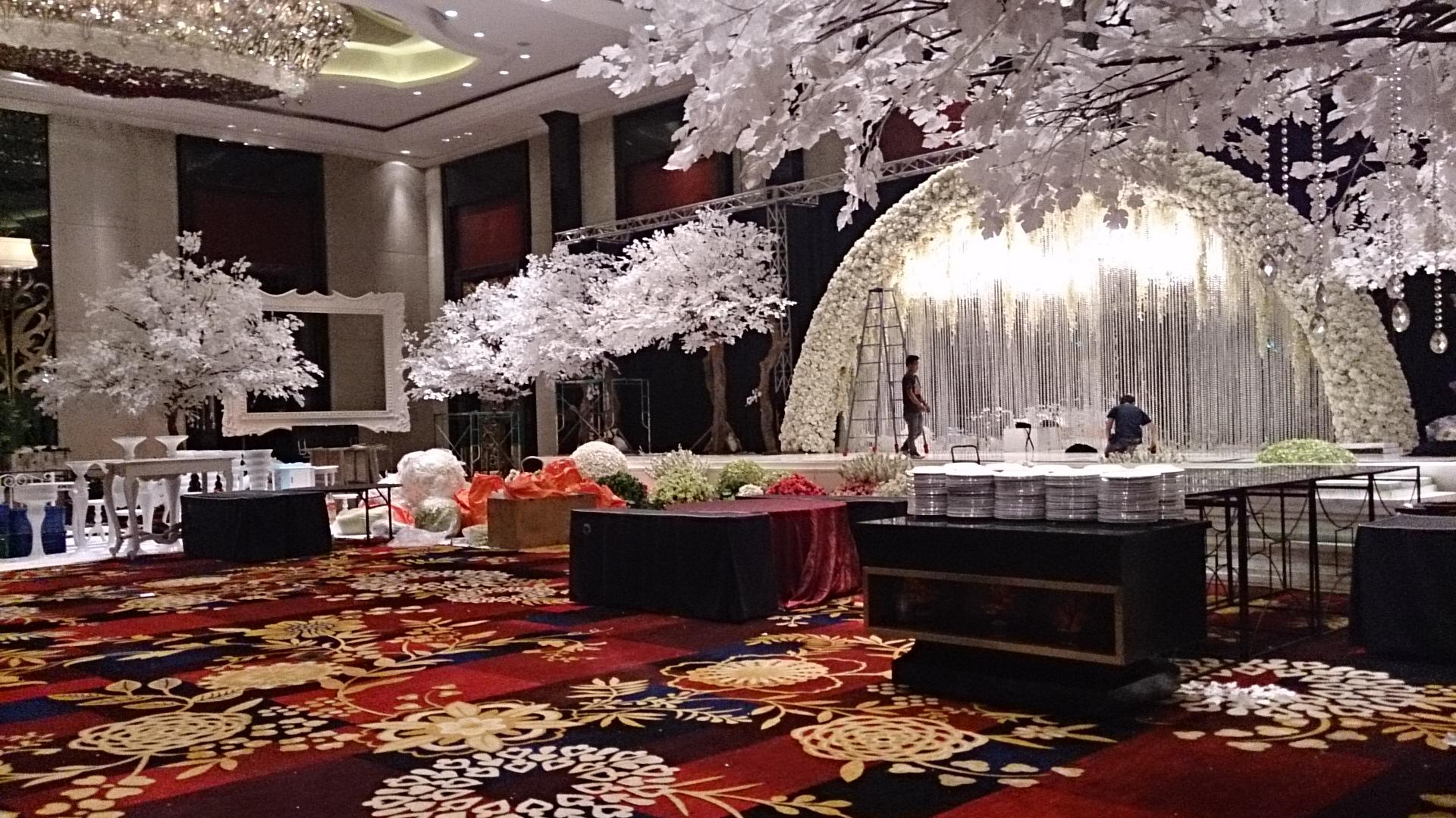 Gedung pernikahan kapasitas besar bandung the kandang kucing the trans grand ballroom junglespirit Gallery